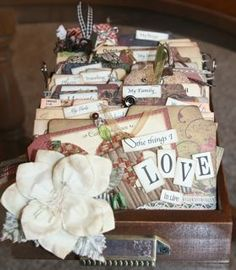 @7gypsies Library Drawer - love this.  Simple way to journal and keep little mementoes handy to look at.