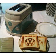 Kombi toaster that brands your toast with the VW logo! Cool! #SavvySpotter