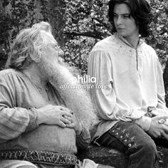Courage, dear heart. Cair Paravel, Prince Caspian, Chronicles Of Narnia, Twilight, Fandoms, Entertainment, Couple Photos, Reading, Heart