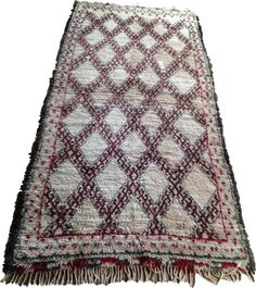 Large Beni Ouarain Rug  370 x 190cm  Hand woven with 100% wool, you can use this rug with the pile facing up or down. Have the smooth side up for summer to keep cool, or full and fluffy to keep warm for winter.  Unusually for Beni Ouarain rugs this has a dyed wool as well as the natural, un-dyed wool, making this rug unique.  100% Wool Keep Cool, Keep Warm, Bohemian Rug, Hand Weaving, Smooth, Wool, Cool Stuff, Rugs, Natural