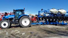 NEW HOLLAND T8 FWD New Holland Agriculture, New Holland Tractor, Farming, Tractors