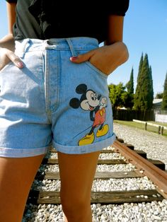 I had to decide whether I should put this in my Fashion board or Disney board, but I leaned to Fashion...ANYWAYS...I love the Mickey Mouse denim shorts although I'm not sure if I'd actually wear it in public -_-