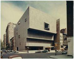 Whitney Museum - Marcel Breuer - New York.