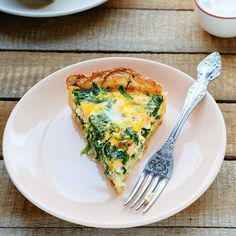 Crab and spinach quiche. Delicious crab Quiché baked in an oven. Healthy Diners, Healthy Snacks, I Love Food, Good Food, Yummy Food, Low Carb Recipes, Healthy Recipes, Go For It, Happy Foods