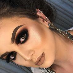 Awesome smokey eye makeup - Sore Tutorial and Ideas Smoky Eye Makeup, Eye Makeup Art, Eye Makeup Tips, Makeup Goals, Hair Makeup, Prom Makeup Looks, Glam Makeup Look, Cute Makeup, Party Makeup