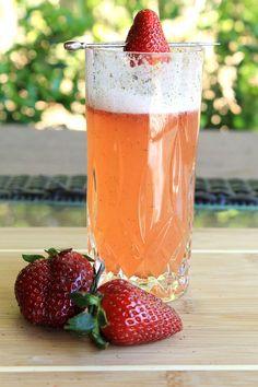 Strawberry Prosecco Fizz