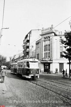 Autorizat in 1926 de arhitectul Constantin Cananau si inaugurat in 1930, Cinematograful Marconi cunoaste perioada sa de glorie pana la nationalizarea din 1948. In paralel cu proiectiile de film se montau pe mica scena si spectacole de teatru si de vodevil.  In ton cu schimbarile impuse de noul regim politic, numele este schimbat din Marconi in Alexandr Popov urmand ca in anii'60 in acord cu noile linii ale national-comunismului, numele sa fie schimbat din nou in Cinema Dacia. Pana la… Bucharest Romania, Timeline Photos, Las Vegas, Nostalgia, Cinema, Street View, Places, Buildings, Memories