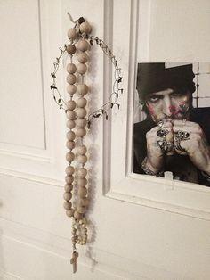 Méchant Design: rosary... chapelet