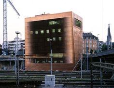 Herzog & de Meuron - Central signal box, Basel 1999. Photo...
