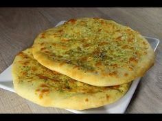 Prlenke by Bonapeti Bulgarian Bread Recipe, Bulgarian Recipes, Croatian Recipes, Bread Recipes, Cooking Recipes, Healthy Recipes, Queens Food, Foods With Gluten, Family Meals