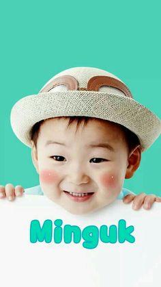 Cute cute cute and cute I love You 😘😘😘 ahhhh Cuteeeeee Kids Boys, Cute Boys, Cute Babies, Song Il Gook, Superman Kids, Triplet Babies, Song Daehan, Song Triplets, Man Se