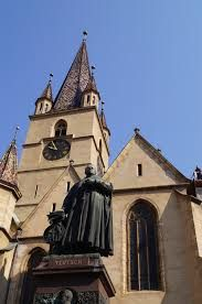Imagini pentru pasajul scolii sibiu Notre Dame, Building, Travel, Viajes, Buildings, Trips, Traveling, Tourism, Architectural Engineering