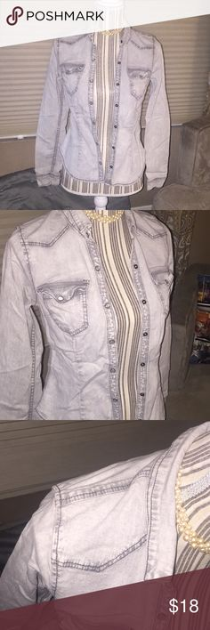 DIVIDED for H&M long sleeve soft jean shirt Super soft & cozy jean shirt. It has slight firmness to it but it's still soft as it's 99% cotton. Durable, stylish, button up blouse. Super cute buttons throughout look like brushed pearls. Great for layering warmth under a winter coat. Used in excellent condition. Pearl necklace not included. Divided Tops Button Down Shirts