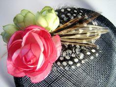 Fascinator Headpiece Blumen Federn  von Mialine auf DaWanda.com