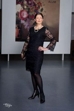 Brigitte Lace Dress Lace&Rose Fashion Show in Riihimäki Art Museum Photo: Valokuvaamo Lilja Model: Leena