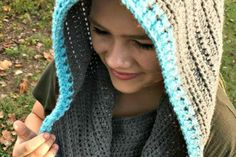 """This cowl is the ultimate """"introvert's dream"""" accessory! It can be worn around your neck as a cowl to keep you warm, but it also doubles as a hood to keep the wind off your head and out of your ears. The reason I love this hood is that it[Read more] Crochet Hooded Scarf, Hooded Cowl, Hooded Blanket, Crochet Scarves, Crochet Winter, Holiday Crochet, Free Crochet, Knit Crochet, Crochet Hats"""