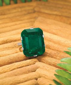 """The """"Crown of Muzo"""".  Important 29.16-Carat Natural Untreated Colombian Muzo Emerald and  Diamond Ring"""