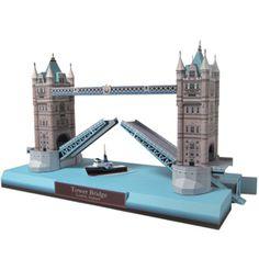 Free to print!  Tower bridge, England 3D paper craft model!  Neat!