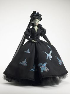 gorgeous tonner doll. wicked witch of the west..these dolls are so so so expensive but gorgeous