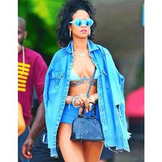 #Rihanna Is A SeXXXy SMURFETTE Rocking BLUE HOTTTpants & #Bikini Get-Up – CHECK HERE!!!