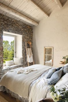 〚 Wonderful conversion of an old barn in Spain 〛 ◾ Photos ◾Ideas◾ Design Home Interior, Interior Design Living Room, Barn Conversion Interiors, Barn Conversion Bedroom, Fairytale House, Tiny House Cabin, Rustic Modern, Bedroom Decor, House Design