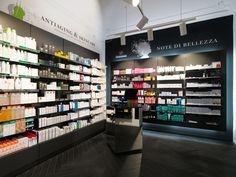 farmacia del conservatorio vecco Torino Mobil M insegne a led arredamenti farmacia (1)