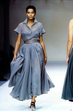 Azzedine Alaïa Spring 1990 Ready-to-Wear Collection - Vogue Fashion Moda, Look Fashion, Runway Fashion, High Fashion, Fashion Show, Womens Fashion, Azzedine Alaia, Vogue Paris, Mode Inspiration