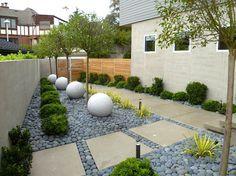 Modern landscaped yard in Seattle 18 Modern Outdoor Spaces
