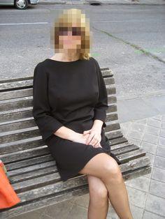 Vestido negro burda Sweaters, Diy, Dresses, Fashion, Black Sundress, Dressmaking, Vestidos, Moda, Bricolage