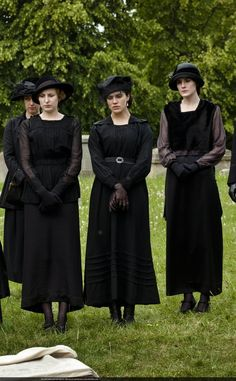 Trio: Lady Edith, Lady Sybil and Lady Mary - Crawley sisters in funeral attire