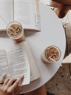 At Pretty Page Turner there's nothing better than a book in one hand and a steaming espresso, latte or coffee in the other. We love a coffee aesthetic staged for beautiful coffee photography. #coffee #booksandcoffee #booklover