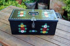 Canal Ware Vintage Metal Tool Box, Hand Painted Roses Decoration, English Folk Art, Barge Ware, Narrow Boat Decorative Folk Art Gypsy Art