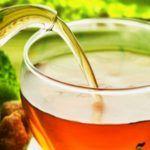 Bajar esos kilitos de más no es una tarea fácil, sin embargo, un té resulta muy útil en esta tarea ya que elimina los depósitos de grasa acumulada y mejora tu digestión. ¡Anímate a probarlo! Ingredientes: Un litro de agua 5 hojas de laurel Una rama de canela Un puñado de hojas de salvia Pre…