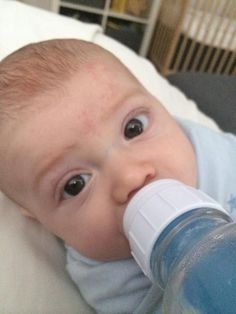 How to pump for the occasional bottle via Balanced Breastfeeding/Katie Madden #breastfeeding