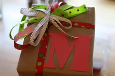 Brown paper packages tied up with strings! Easy eco Christmas gift wrap.