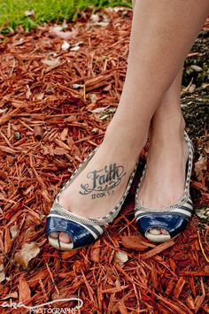 My tattoo!!!  Flawless Fêtes: Tablescapes Shoot - Preppy Americana