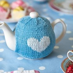 Ravelry: Tea Cosy pattern by Jane Burns