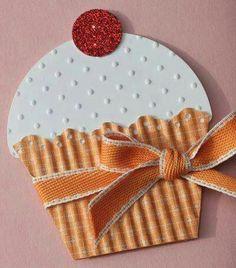 I love cupcake cards Cupcake Card, Paper Cupcake, Big Cupcake, Cupcake Crafts, Shaped Cards, Kids Cards, Cute Cards, Creative Cards, Greeting Cards Handmade