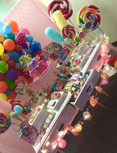 Most Popular Candy Land Birthday Party Ideas Food 45 Ideas Candy Theme Birthday Party, Birthday Party For Teens, Candy Party, Birthday Party Decorations, Girl Birthday, Birthday Ideas, Anniversaire Candy Land, Jojo Siwa Birthday, Candyland