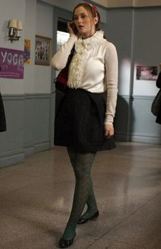 Pin For Later: Spotted: Nostalgic Gossip Girl Halloween Costumes Blair  Waldorf