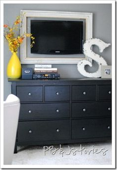 PBJstories: Master Bedroom DIY Projects and Shopping List. Frame around TV Master Bedroom Redo, Home Bedroom, Bedroom Decor, Bedroom Ideas, Bedroom Wall, Bed Room, Warm Bedroom, Bedroom Designs, Tv Emoldurada