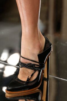 Styling Tips: Shop Luxury Designer Fashion Online