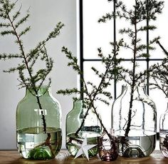 Dec 2019 - festive + holidays + the season. See more ideas about Christmas inspiration, Christmas decorations and Christmas time. Modern Christmas Decor, Natural Christmas, Noel Christmas, Scandinavian Christmas, Winter Christmas, Christmas Crafts, Christmas Decorations, Christmas Trends, Simple Christmas