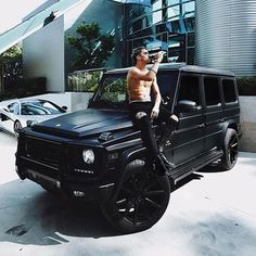 Work hard play hard.   Follow @focus_on_luxury for more.    #carporn #carsofinstagram #cargasm #carswithoutlimits #gwagon #young #entrepreneur #millionaire #billionairesclub #businessman #business #allblackeverything