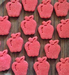 Apple Pie Grain Free Organic Dog TreatsPink von PawbabyBiscuits