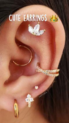 Cute Ear Piercings, Daith Piercing, Cartilage Earrings, Tragus, Ear Jewelry, Body Jewelry, Ear Piercing Combinations, Cute Swag Outfits, Piercing Ideas