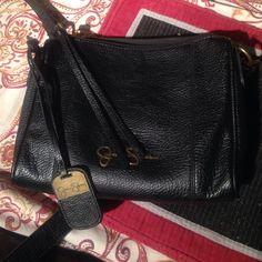 Jessica Simpson crossbody purse Jessica Simpson crossbody purse wth matching wallet. Jessica Simpson Bags Shoulder Bags