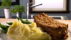 Pain de viande Solution Gourmande, Pork Recipes, Cooking Recipes, Freezer Meals, Meatloaf, Food Inspiration, Mashed Potatoes, Meal Prep, Ethnic Recipes