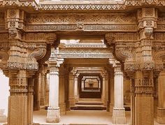 Unique architectural marvel, Adalaj ni Vav is a stepwell situated on the outskirts of Ahmedabad, Gujarat.