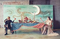 I mean really... this Art Nouveau Mystic Inspiration engagement shoot is beautiful, whimsical, and artistic. Swoon.